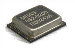 832M1 Triaxial Accelerometer