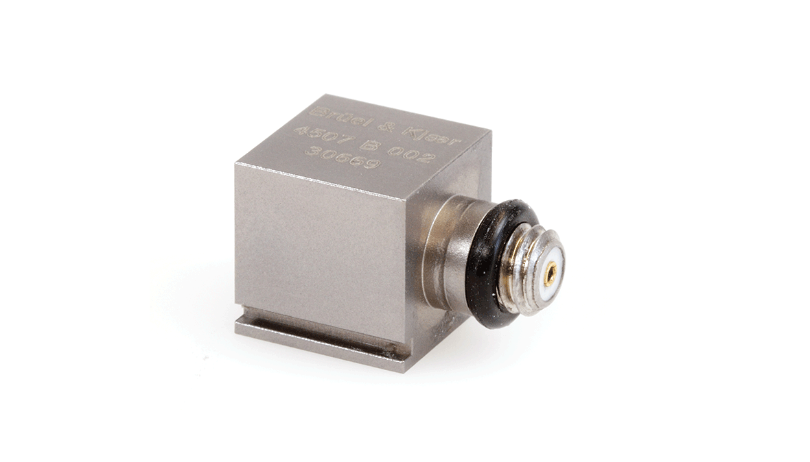 B&K Type 4507-B-002 Piezoelectric CCLD Accelerometer, TEDS, 10MV/G, Side Connector, 1 Slot, Excl. Cable